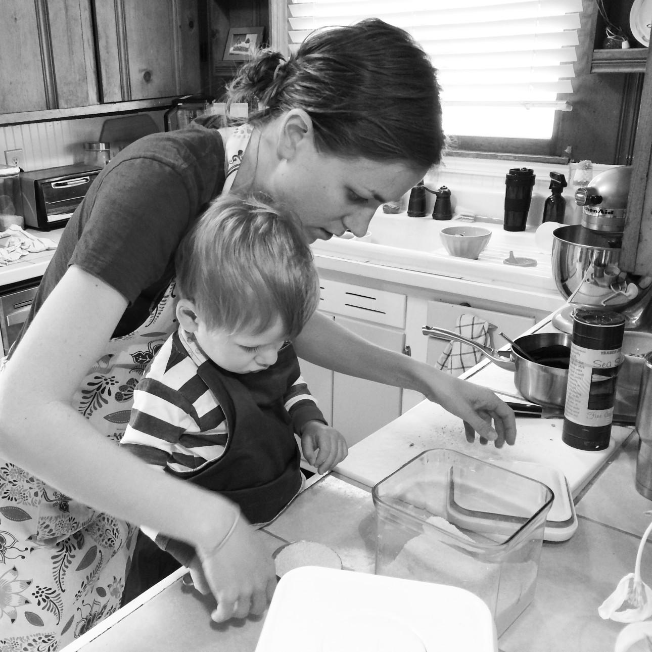 Yogurt cake baking