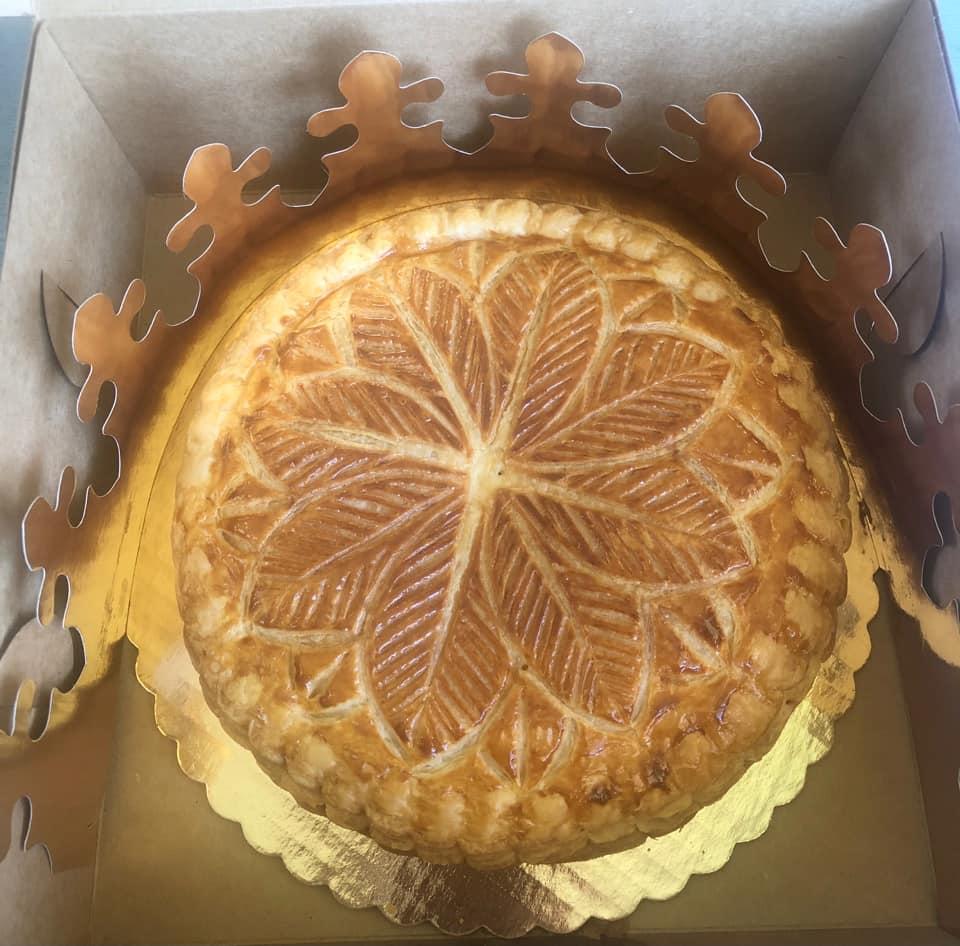 Maru Bread Co King Cake
