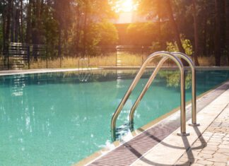 What are signs of dry drowning?